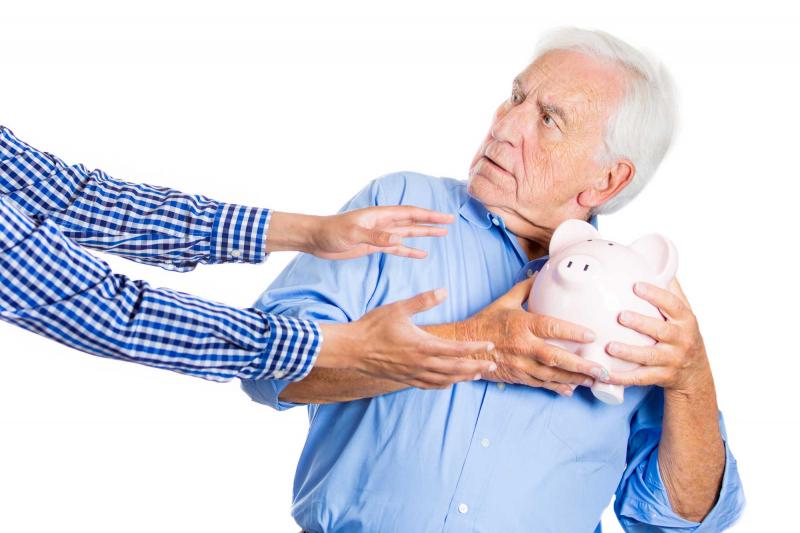 penzijní spoření a životního pojištění - Ilustrační foto