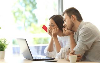 Pokles bankovních hypoték doporučený limit LTV - ilustrační foto