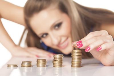 Vyplatí se bankovní spořící účty?