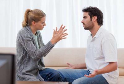 Zadlužení manželé - foto